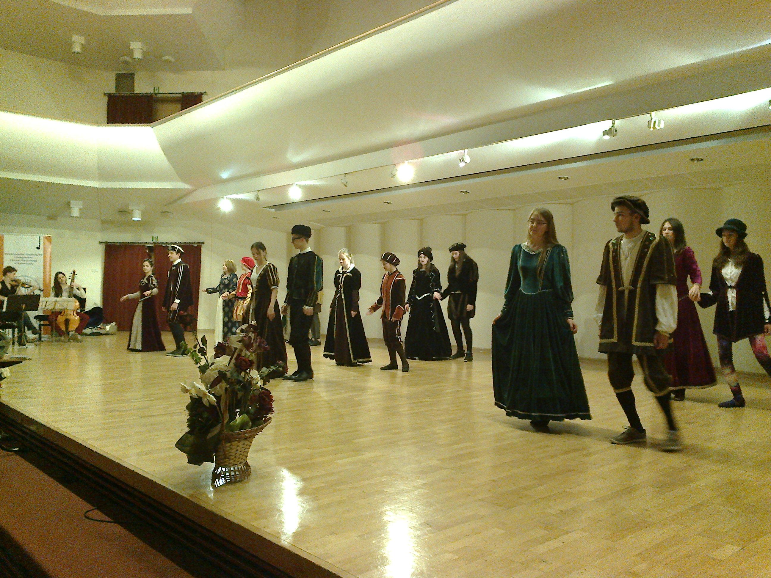 Taniec historyczny i muzyka dawna 2014 (30)